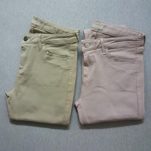 UNIQLO 藕粉色牛仔褲