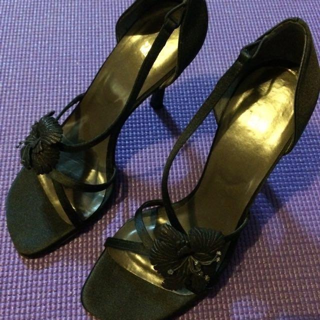 紐約帶回VERA WANG黑色高跟鞋-37號