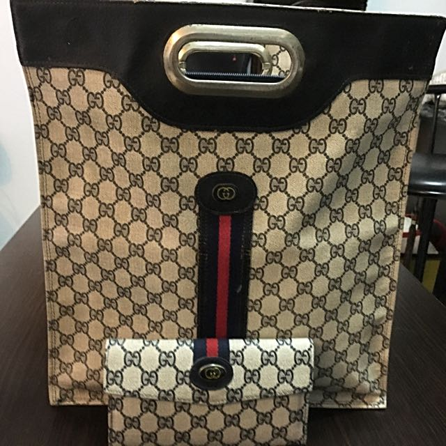 Vintage Authentic Gucci bag and wallet Set