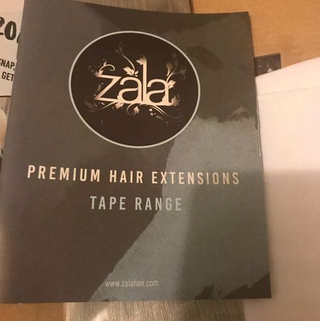 """Zala blue tape extensions 20 pieces ice queen colour comes with full books and packingAnd there 18"""" long"""