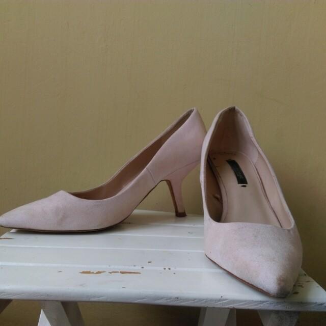 Zara Soft Pink Suede Heels