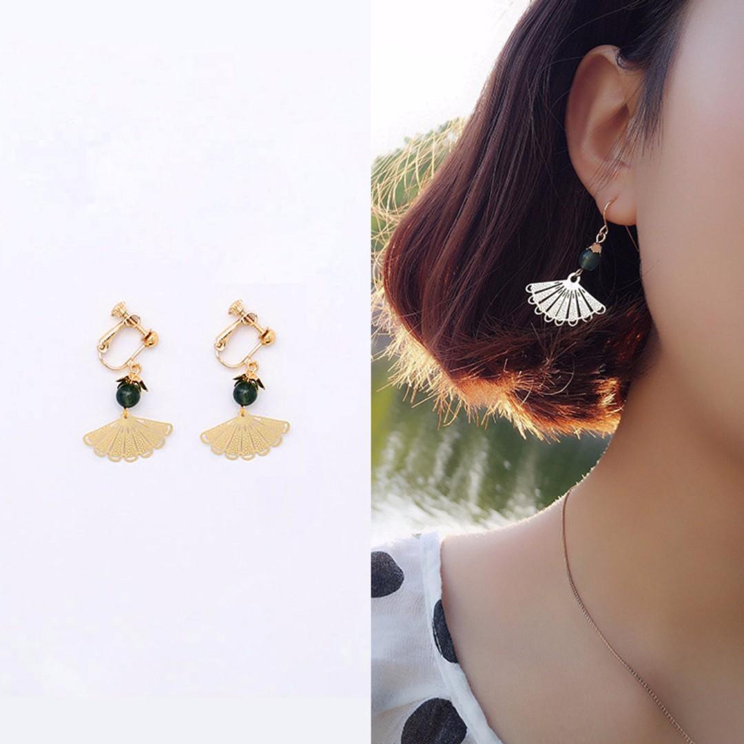 ╭✿蕾兒0509✿╮EB037-韓國直送復古絕代風華扇形天然瑪瑙螺旋夾無耳洞耳夾U型夾耳飾品