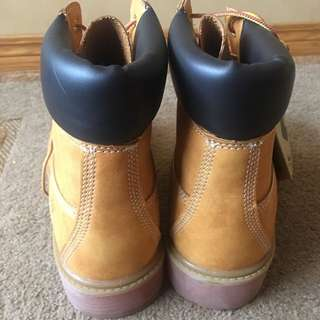 Size 10 Mint Condition Timberland boots