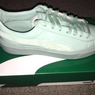 NEW Puma leather basket platform sneakers 8.5