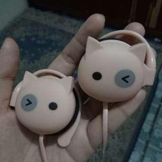 Headset kucing pink