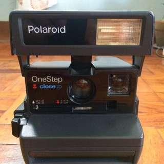 Vintage Polaroid One Step Close-up