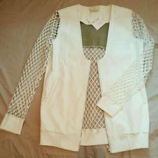 $150 白色仿皮網䄂拉鏈外套