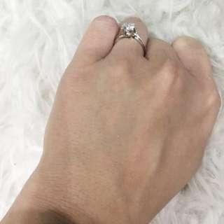 Diamond ring! 0.92carat!