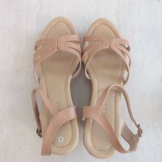 Nevada Nude Wedges