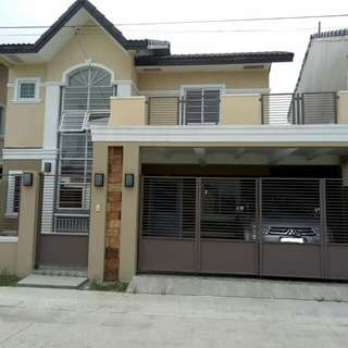 2 storey house and lot single attached in Cavite