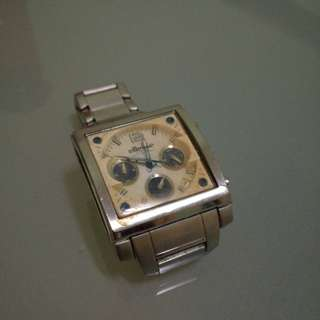 Ellesse 03-0400 steel watch(water damage)