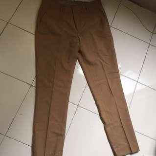 Celana kain ukuran 34