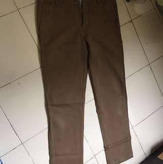 Celana katun ukuran 33
