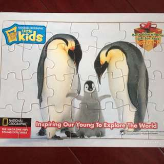 100% New - National Geographic Penguin Puzzle