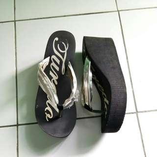 Sandal jepit wedges hitam size 39