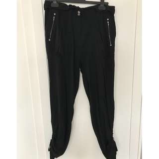 Witchery Relaxed Black Pant - Size 10