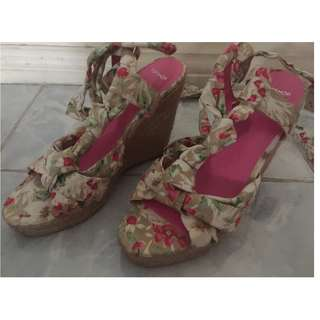 Topshop wedge shoes size 7 pre-loved: REPRICED
