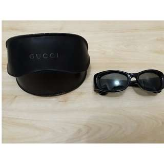 Women's GUCCI Sunglasses Authentic with Leather Case