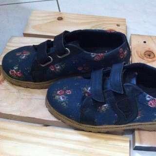 Rangkayo Shoes size 37
