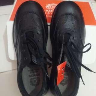 Kings shoes