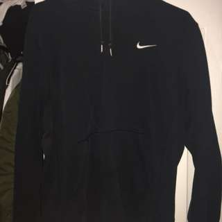 Nike sweater size large