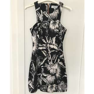 MAUIRE & EVE Printed Dress - Size 8