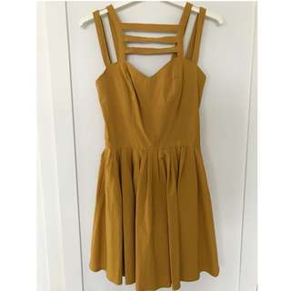 ASOS pleated dress in mustard - Size UK 8