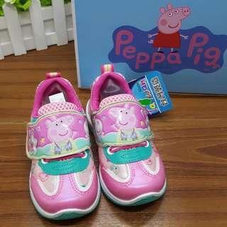 台灣製造 ~佩佩豬Peppa Pig~女童布鞋 運動鞋 可愛花紋 軟Q鞋墊設計 魔鬼氈穿脫 (現貨當日寄出)