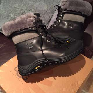 Uggs for sale Brand New never used, with fur