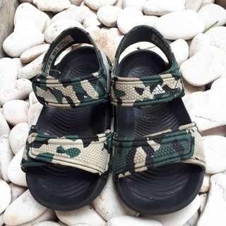 Sendal adidas akwah army size 21/5k/ 13cm