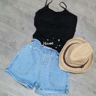 🚚 S_House 全新 淺藍 花苞感褲頭 排釦 鬆緊 大口袋 牛仔 短褲