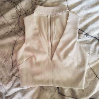 Crop top with collar size 8