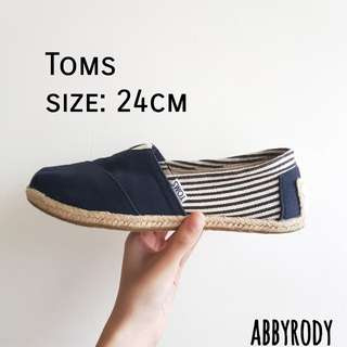 🚚 Toms經典款 黑 24cm