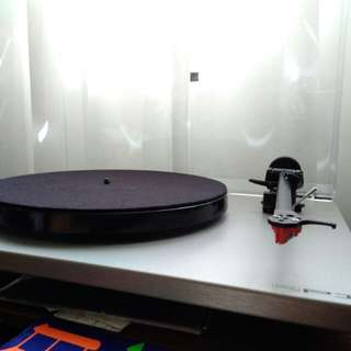 Rega RP1 Turntable (with performance pack)