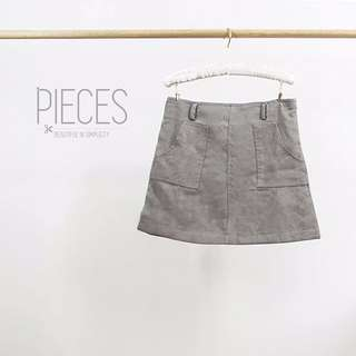 Brand New Grey Suede Short Mini Skirt ( Come With Belts)