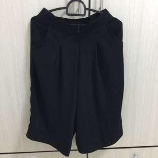 Celana pendek/ kulot