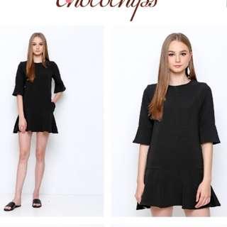 noele black simple dress by chocochips boutique