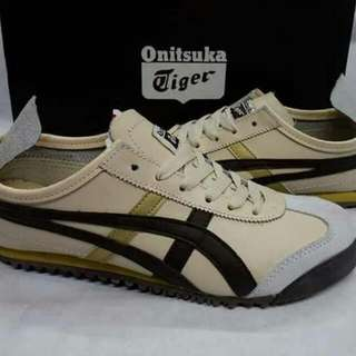 Onitsuka Tiger Couple Shoes (Original) (different sizes available)
