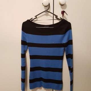 Size XS Tommy Hilfiger shirt