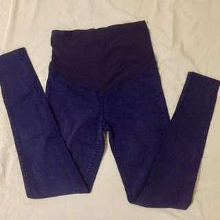 Maternity pants bundle