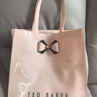 TED BAKER 袋
