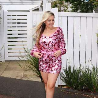 Size XS playsuit pink