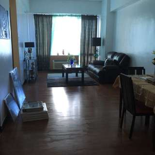 Fully furnished 1BR Eastwood city