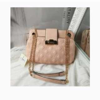 全新粉色菱格鏈條⛓包很美時尚單肩斜挎女包