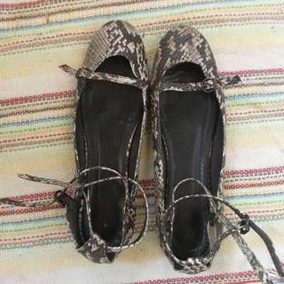 Zara flats/shoe with ankle straps
