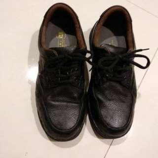 🚚 牛皮工作鞋