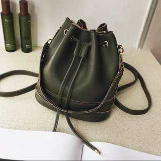 Korean style zipper bucket bag