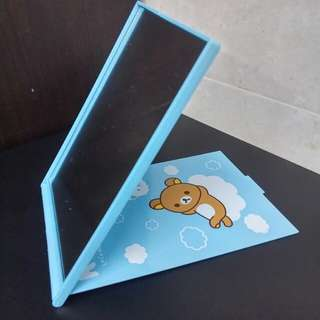 全新正貨 Rilakkuma foldable desktop mirror 鬆弛熊 座枱摺鏡