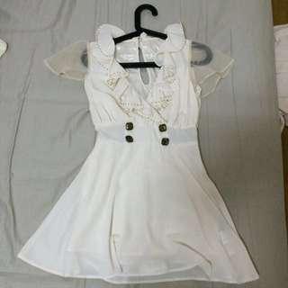 ✨韓貨✨ v領雪紡超修身氣質浪漫洋裝—適合約會婚禮穿搭米白