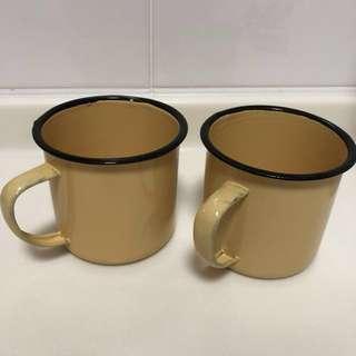 Vintage Enamel Beige Cups